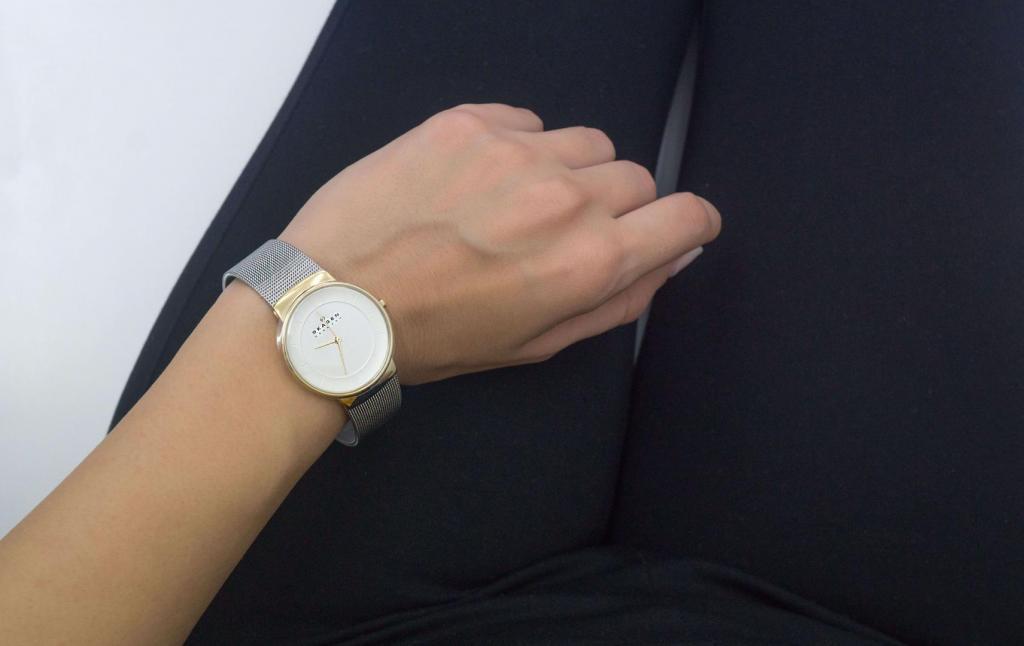 ανδρικά και γυναικεία ατσάλινα ρολόγια Skagen