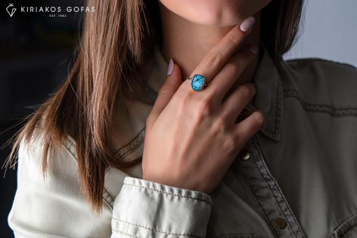 Χρωμάτισε την ζωή σου με δαχτυλίδια από ορυκτές χρωματιστές πέτρες!